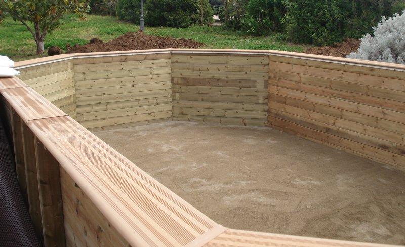 Installazione piscina fuoriterra in legno