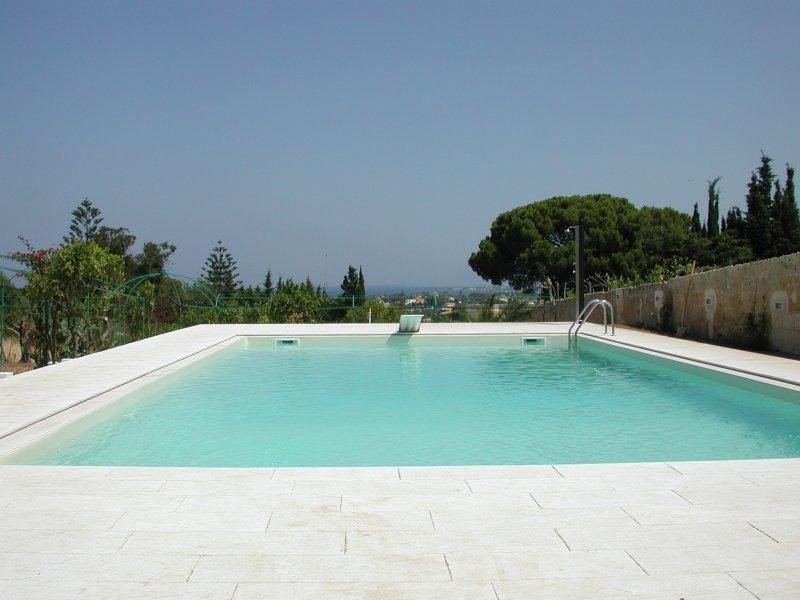 Le nostre realizzazioni 2 piscine in pannello di acciaio for Piscina vetroresina usata