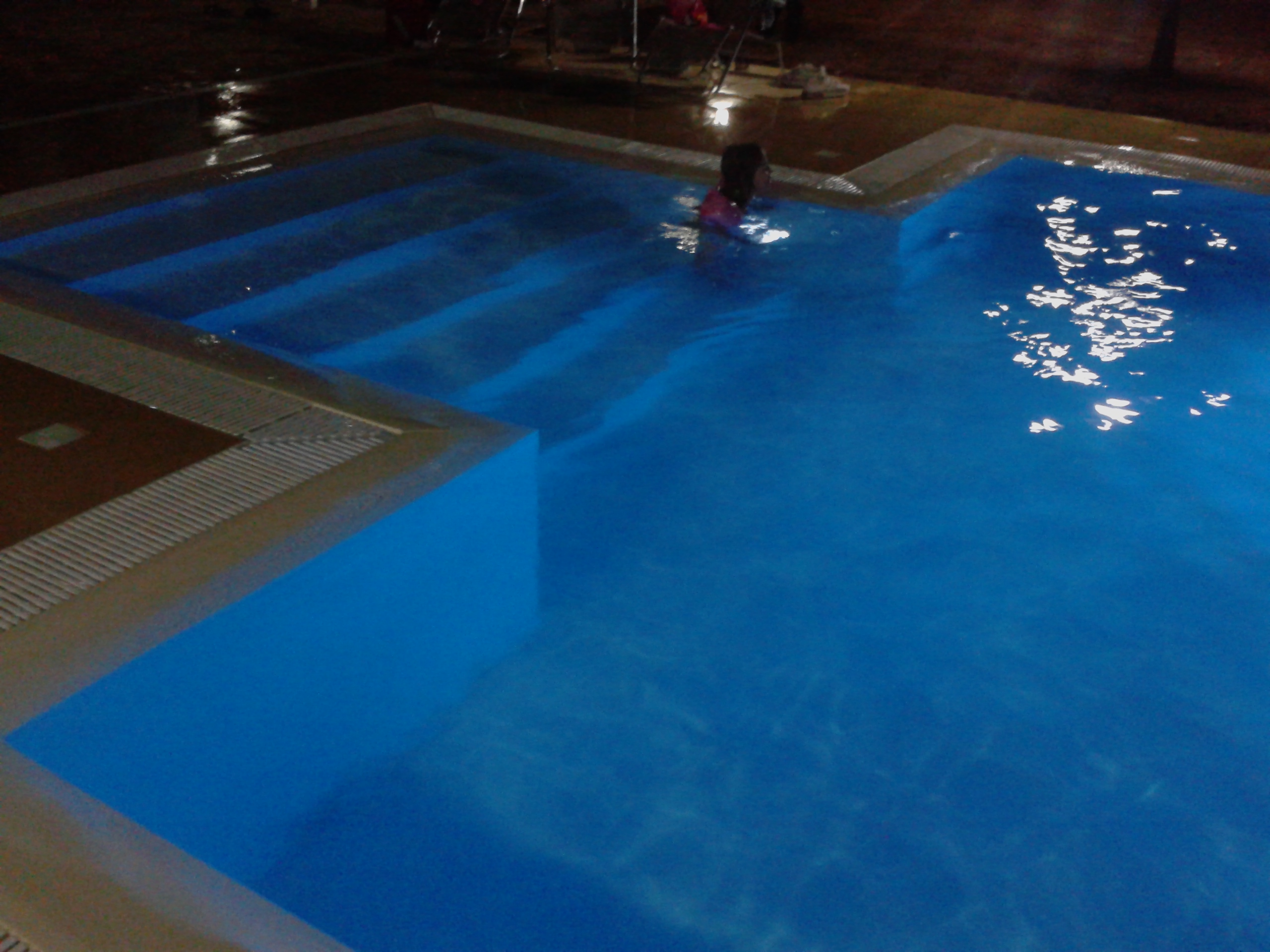 Luci per piscine fuori terra: vendita aqualuminator faro subacqueo