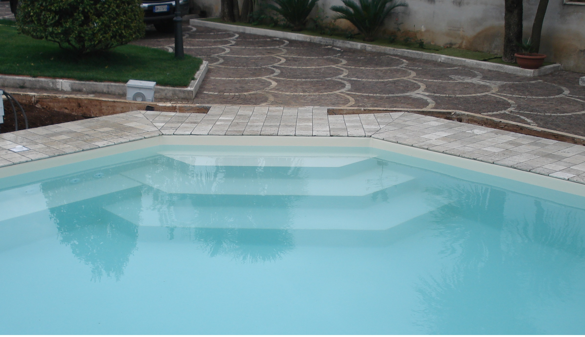 Piscina in cemento a frosinone vendita installazione for Piscina wellness roma