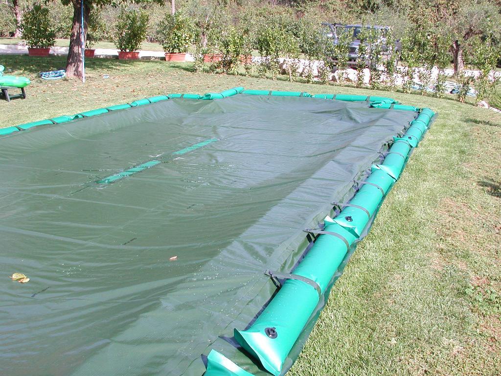 Come pulire un telo di copertura - Telo copertura piscina ...