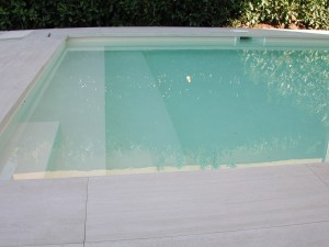piscina interrata prefabbricato di acciaio