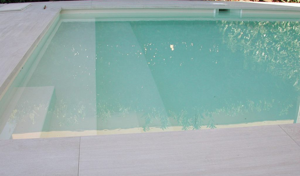 piscina interrata in pannello