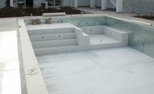 piscina a Formia