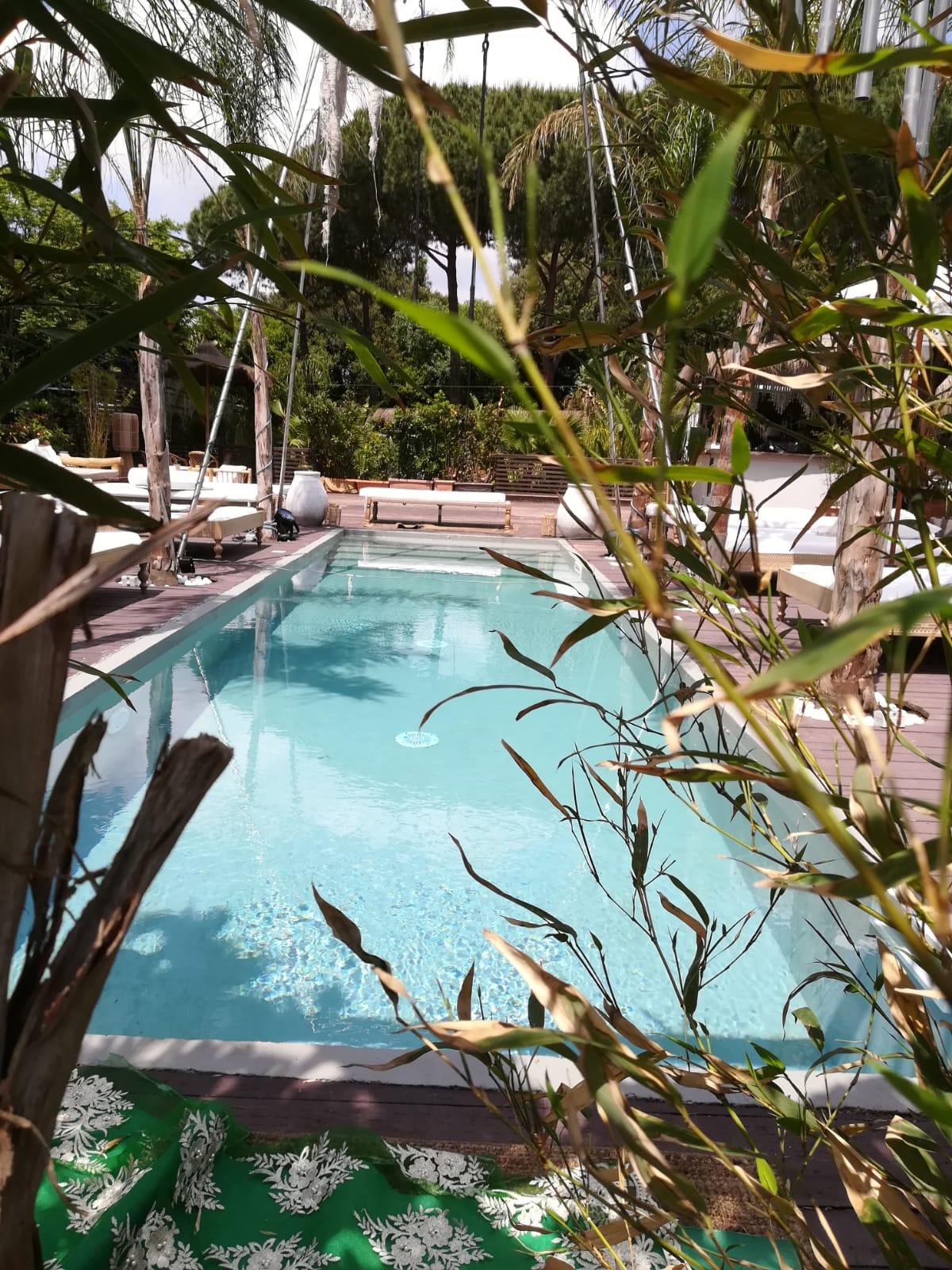 a piscine interrate a skimmer in pannello acciaio