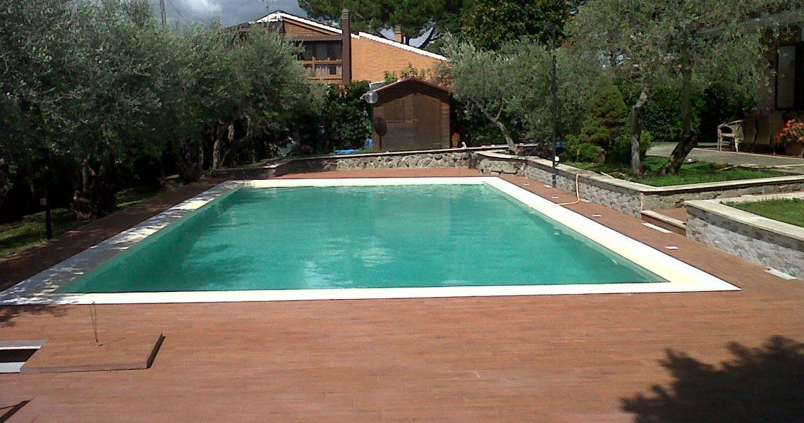 ristrutturazione piscina a sfioro Roma