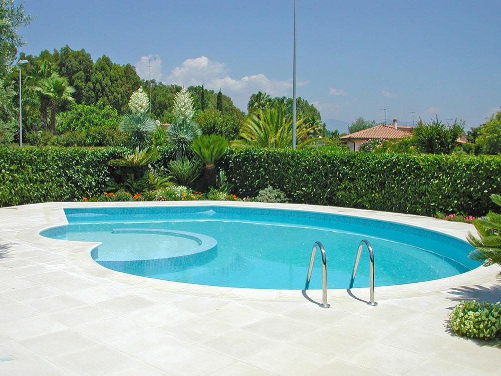 offerta piscina interrata in pannello