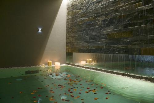 piscina riscaldata per centro benessere