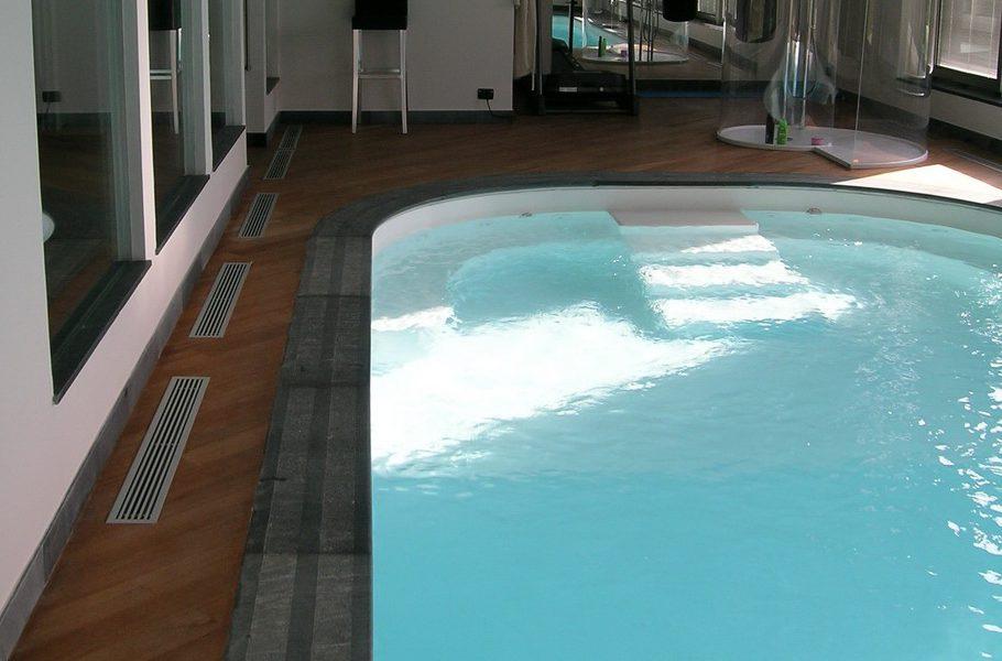 vendita piscine interne riscaldate Roma Latina