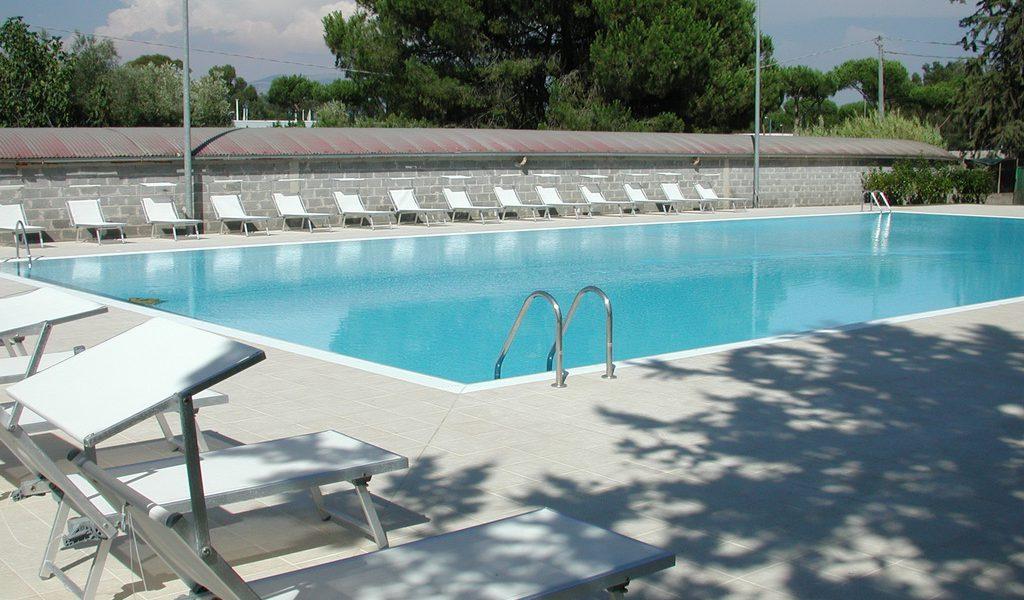 piscina pubblica